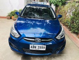 Selling Blue Hyundai Accent 2015 at 40275 km