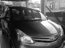 Grey Toyota Avanza 2015 at 36500 km for sale