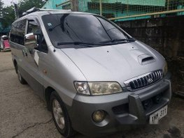 Selling Silver Hyundai Starex 2004 Automatic Diesel at 200000 km