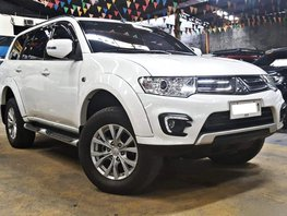 Sell White 2015 Mitsubishi Montero Sport Diesel Manual at 28000 km