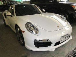Selling White Porsche 911 2015 Automatic Gasoline at 9000 km