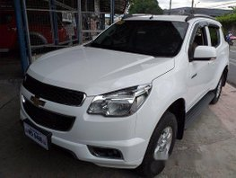 Selling White Chevrolet Trailblazer 2016 Automatic Diesel at 28000 km