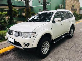 Sell White 2013 Mitsubishi Montero Sport at 70000 km