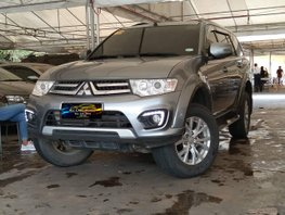 Grey 2015 Mitsubishi Montero GLX 4x2 AT in Makati