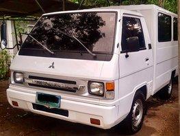 White Mitsubishi L300 2007 Van for sale in Lipa