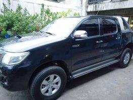 Black 2013 Toyota Hilux Manual Diesel for sale