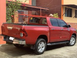 Selling Red Toyota Hilux 2017 at 19000 km in Bacolod
