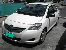 Sell White 2012 Toyota Vios at 70000 km