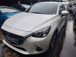 Selling White Mazda 2 2018 Automatic Gasoline