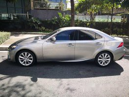 Selling Lexus Is 350 2015 at 20000 km