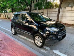 Selling Black Ford Ecosport 2016 Automatic Gasoline at 30000 km