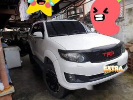 Selling White Toyota Fortuner 2012 Automatic Gasoline