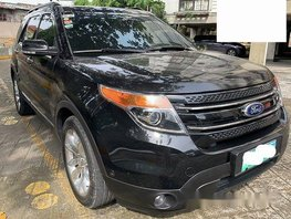 Sell Black 2014 Ford Explorer at 35000 km