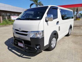 Sell Used 2017 Toyota Hiace Manual Diesel at 50000 km