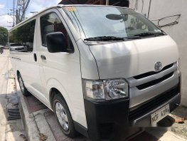 White Toyota Hiace 2016 at 18000 km for sale