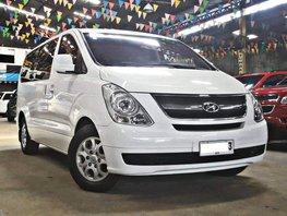 Sell White 2014 Hyundai Grand Starex Diesel Manual at 43000 km