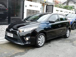 Black 2016 Toyota Yaris at 18000 km for sale