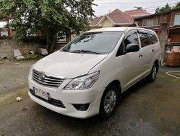 Sell White 2012 Toyota Innova at 70000 km