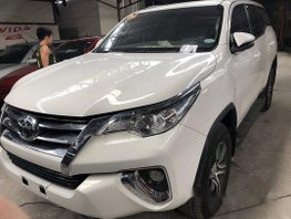 Selling White Toyota Fortuner 2018