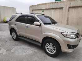 Selling Used Toyota Fortuner 2012 at 74000 km in Pasay