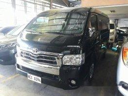 Selling Black Toyota Hiace 2017 at 33710 km