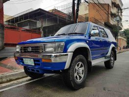 Sell Blue 1993 Toyota Hilux at 130000 km