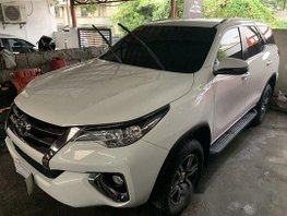 Selling White Toyota Fortuner 2018 at 11000 km