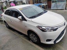Selling White Toyota Vios 2017 at 30000 km