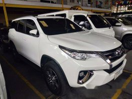 Selling White Toyota Fortuner 2018 in Quezon City