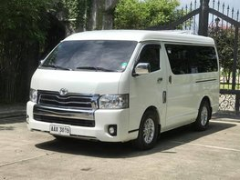 Selling Used Toyota Hiace 2015 Manual Diesel