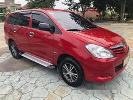 Red Toyota Innova 2010 Manual Diesel for sale