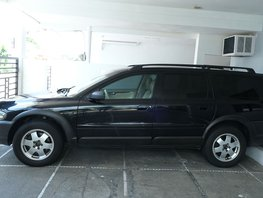 Used Volvo Xc70 2004 at 99000 km for sale