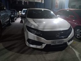 Sell White 2018 Honda Civic at 9000 km in Cabuyao