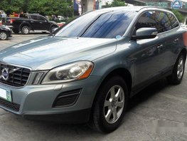 Blue Volvo Xc60 2011 at 46000 km for sale