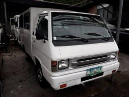 Selling White Mitsubishi L300 2012 Manual Diesel in Quezon City