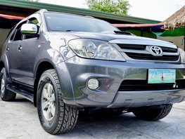 Selling 2nd Hand Toyota Fortuner 2006 Automatic Diesel in Angeles