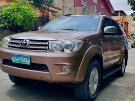 Sell Used 2009 Toyota Fortuner Automatic Gasoline