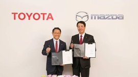 Toyota and Mazda to partner on a new infotainment system