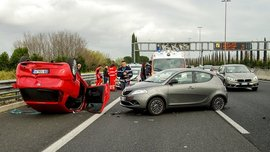 9 things to do in the event of a car accident