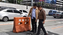MMDA to make concrete barriers in EDSA more visible