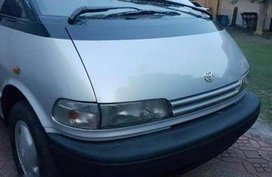 1998 toyota previa local