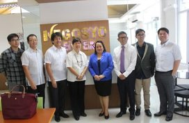 Mitsubishi in partnership with Centro to give L300 to Go Negosyo