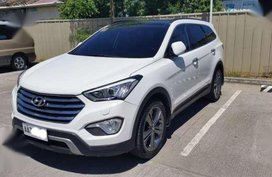 Hyundai Grand Santa Fe 2.2 CRDi 6AT 4WD Dsl Premium A White 2014