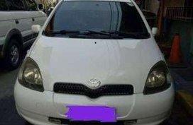 Toyota Vitz 1.0 vvti AT
