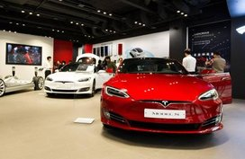 Consumer Reports to rise Tesla's ratings over Auto Braking