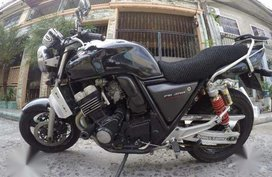 Honda CB400 Super Four version S