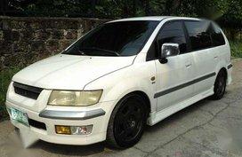 Mitsubishi Grandis Chariot AT 2003