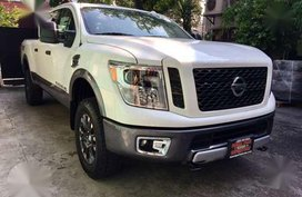 New 2017 Nissan Titan XD 4x4 Pick up Truck