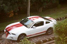 Ford Mustang 3.7L V6 2014 White AT