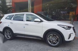 2018 Hyundai Grand Santa Fe ( MAXCRUZ ) for sale